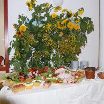 Zupa Kwaśnica z żeberkiem i ziemniakami z okrasą